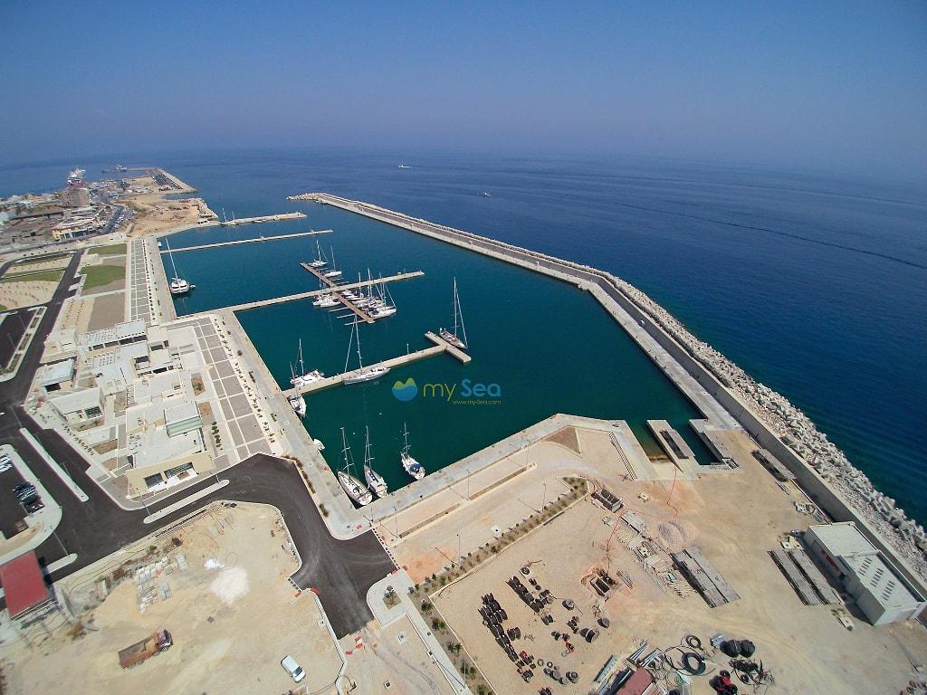 Rhodes new marina